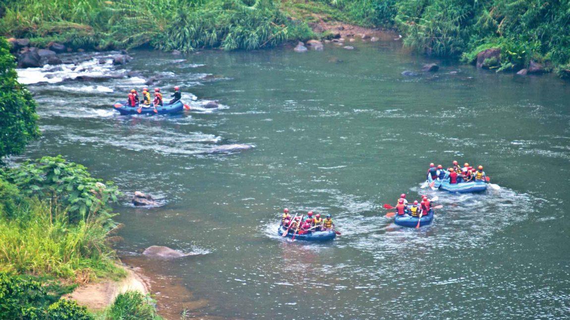 Tour Kitulgala